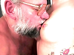Angelina Brill takes an aged dick