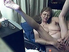 Lovely Granny with Glasses Free Webcam Porn Blear HOTLIVECAMS.XYZ