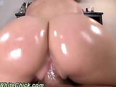 Booty ho gets pounded