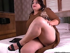 Latina BBW milfs Carmen and Laura have a nylon fetish