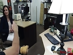 Pawn-Shop Going to bed With Surprising Amateure